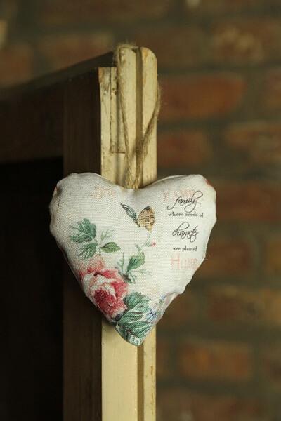 Rosen Anhänger Herz Landhausstil